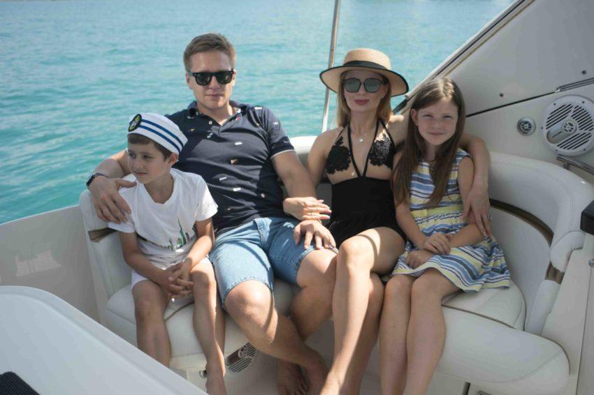 Семейный отдых на катере в Сочи
