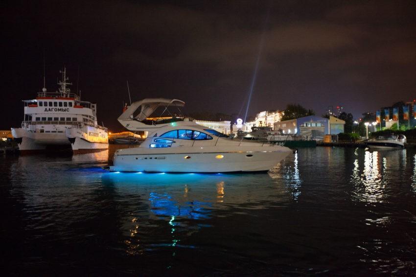 Яхта Майами в Сочи