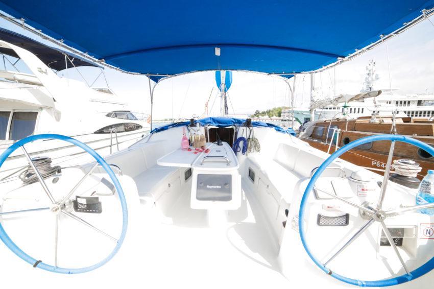 Морская прогулка на парусной яхте Центурион