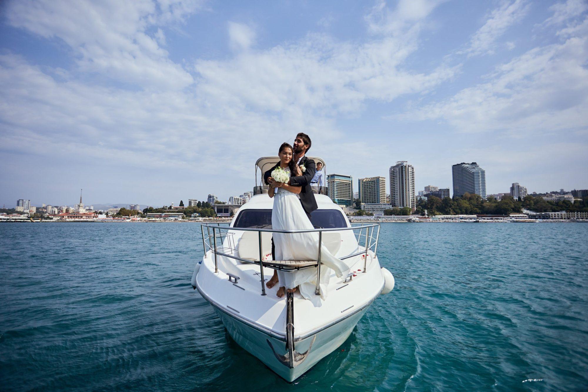 Свадебная церемония на яхте